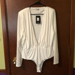 Tops - Fashion Nova Plunging Bodysuit size 2x